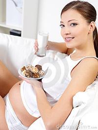 Хранене и суплементи по време на бременност